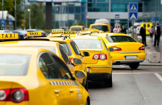 Как правильно выбрать службу такси