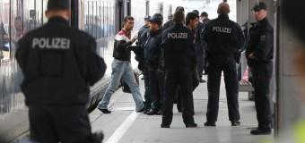 Видео нападения беженцев на пенсионеров Германии