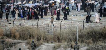 Беженцы из Сирии «атакуют» границу Турции