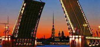 Как найти частного гида в Санкт-Петербурге