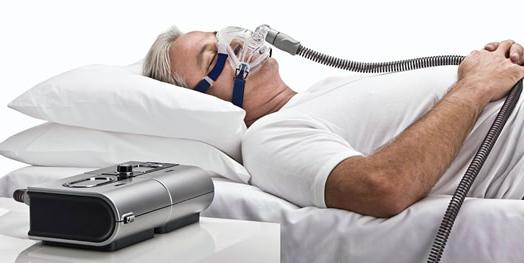 В чем разница между терапией BiPAP и терапией CPAP?