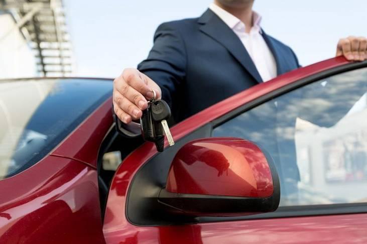 Причины аренды авто комфорт-класса